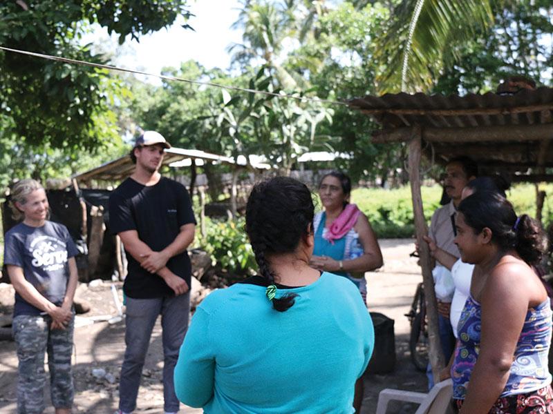 El-Salvador-House-Visits-2_blog